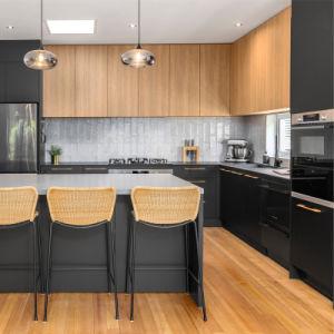 Verniz negro misturado laminados de madeira Armários de cozinha moderna