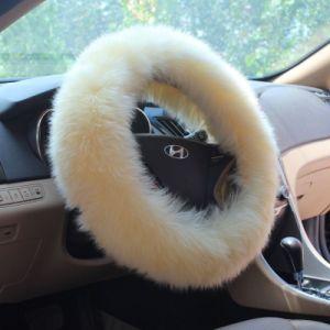 卸し売り羊皮の冬の暖かさ車のハンドルカバー