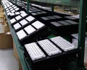 150W Nouveau type de projecteur à LED avec garantie de 5 ans