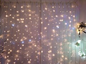 LEDのカーテンライト