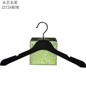 Embleem van het merk drukte de Zwarte Plastic Hanger van het Fluweel af