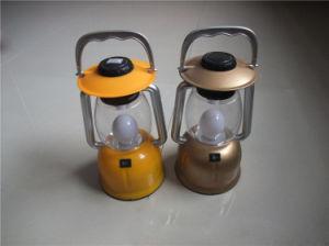 プラスチック12LEDキャンプライト、3*D乾電池屋外のLnatern