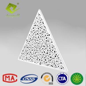 L'intérieur Triangle en métal perforé plafond décoratif panneau de plafond spécial