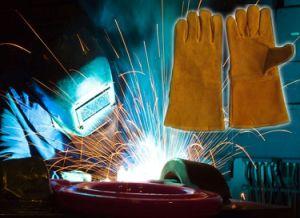 De gouden Handschoen van het Werk van de Veiligheid van de Lasser van het Lassen van het Leer van de Koe Gespleten met Goedgekeurd Ce