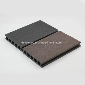 Водонепроницаемый Co-Extrusion на заводе или крышками WPC декорированных пластмассовые деревянные полы