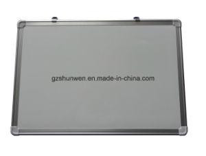 La escritura de pizarra magnética con armazón de aluminio CE, SGS CERTIFICADO ISO