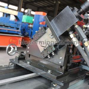 Plaques de plâtre machine à profiler les goujons et les pistes de métal