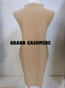 long Skirt Cashmere Sleeveless方法女性の
