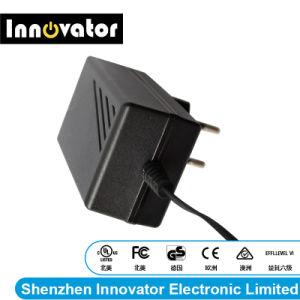 12V 2.0A 24W Adaptador de Corriente con el tipo de montaje en pared para ordenador portátil de luz LED y