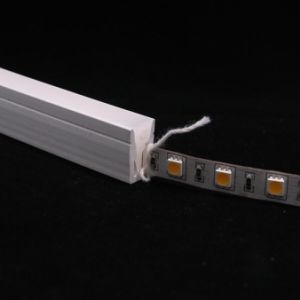 DIYのネオン屈曲LEDのストリップのためのシリコーンの管LEDのプロフィール