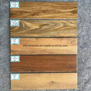 新しいデザイン建築材料の陶磁器の木の床タイル