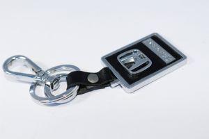Дешевые поощрения металлические цепочки ключей из натуральной кожи с выгравированными логотип