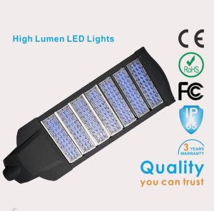 Venta caliente uso en carretera solar 30W Sistema de Alumbrado Público Solar de 5 años de garantía Calle luz LED 3mm de espesor polos
