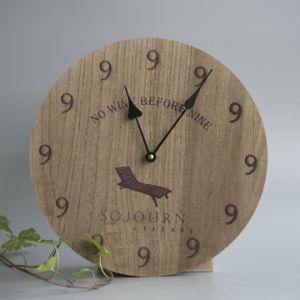 Relógio de parede de madeira com Laser-Cutted Bird