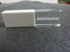 Custom Гравировка логотипа дизайн кристально чистый флэш-накопитель USB (OM-C106)