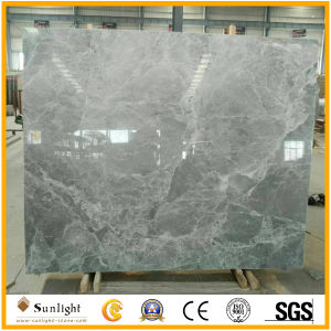 Flooring、Wall、Stepsのための普及した中国のGrey Silver Mink Marble Tiles