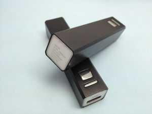 Mobile Phone Porable Battery Charger 2200mAh (MBP803)를 위한 힘 은행