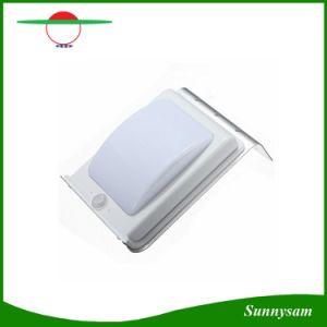 極度の明るい太陽エネルギーの防水壁ランプ16 LEDの壁ライトは庭のヤードランプの無線太陽動きセンサーライトを照らす