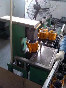 アルミニウムモーターシェルフレームのプロフィールモーター包装の盲目穴の/Throughの穴の収縮の適切な干渉適合のヒーターを収納するアルミニウム放出モーター機構