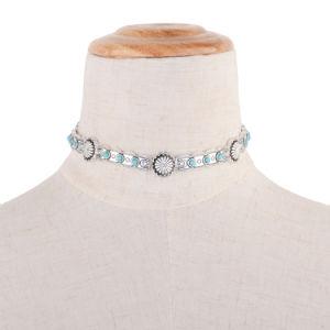 La collana di pietra verde ovale, adatta la bella collana femminile sottile