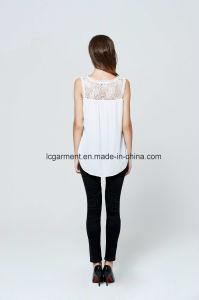 Nuova signora in rilievo venente Tops del merletto dolce bianco Sleeveless alla moda della maglia