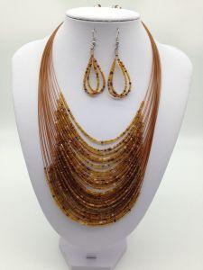 Modo europeo ed americano multi - vestito degli orecchini della collana della perla del tester