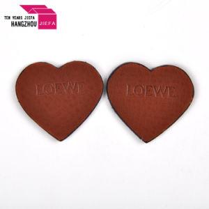 고품질에 있는 주문 연약한 심혼 모양 PVC/Rubber 레이블