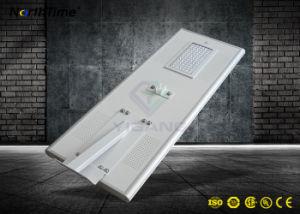 Todo-en-uno el diseño de alto brillo LED inteligente de Energía Solar de la luz de la calle