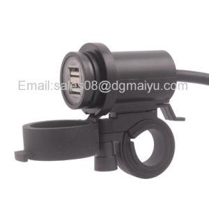 Nuevo doble impermeable Moto coche cargador USB hembra Adaptador de alimentación de la escuadra con luces LED para teléfono móvil Cámara GPS iPad MP4/MP3