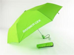 Promozione piegante che fa pubblicità all'ombrello del regalo