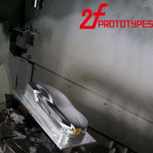 Il ricambio di CNC dell'acciaio di alluminio che lavora le parti alla macchina che macinano l'alluminio anodizzato lavorato parte il prototipo veloce