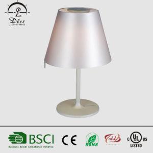 Einfache moderne Eisen-Gewebe-Schreibtisch-Lampe für Schlafzimmer-Anzeigen-Beleuchtung