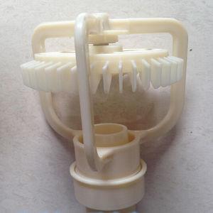 配水の冷却塔のための反射スプレーノズル