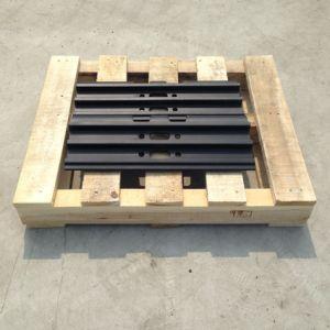 クローラー掘削機のCaterpilalrの掘削機の部品のための予備品Cat215三重のGrouserトラック靴