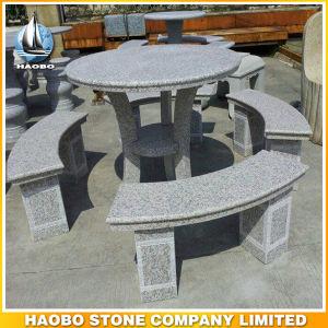 薄い灰色のGranite Park TableおよびBenches Customized Stoneの庭BenchおよびTable