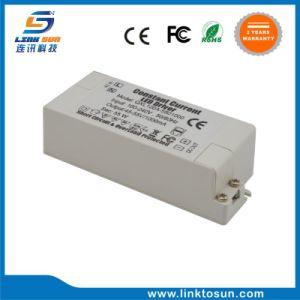 La corrente costante 55W 45-55V 1A della garanzia da 2 anni impermeabilizza il driver del LED