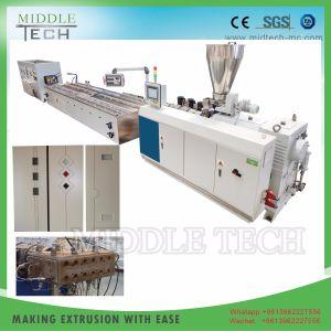 Plastik-PVC/PE/PP+ hölzerner (WPC Zusammensetzung) breiter hohler Tür-Vorstand/Panel-Strangpresßling/Extruder, der Maschinerie herstellt