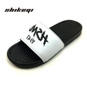 Les hommes de haute qualité Shikeqi Fancy diapositives logo personnalisé, PVC noir hommes chaussures sandales diapositives Diapositives sandales, un logo personnalisé