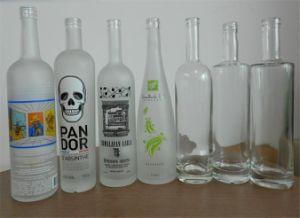 Glasflasche, Alkohol-Flasche, Wein-Flasche, Wodka-Flasche, Whisky-Flasche