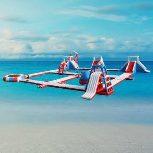 Parco di divertimenti di galleggiamento gonfiabile dell'acqua del PVC del lago Anti-UV materials per il salto del mare