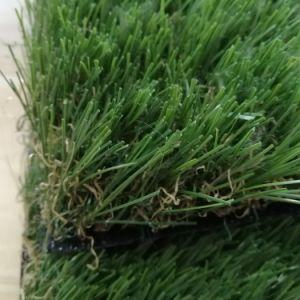 美化のための無鉛プラスチック草のマット