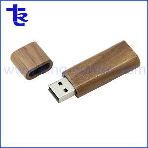 Переработанных свадьба флэш-памяти поддерживает USB-диск из дерева
