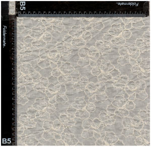 135cmの最も普及した白い刺繍のレースファブリック