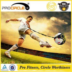 Treinador de futebol Procircle Kick prática de mãos livres para cinto, correia ajustável Solo Futebol Futebol Kick Jogue Formador, combina o tamanho da bola 3, 4 e 5