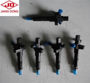 Dongfeng 트랙터 디젤 엔진은 인젝터를 분해한다