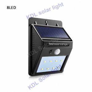 Cheapest Actualizado 30 Vs LED 20/10/16 600 lúmenes LED 36/48 LED de luz solar tres modos de blanco y negro resistente al agua Jardín vallado con lámpara de pared o poste de montaje