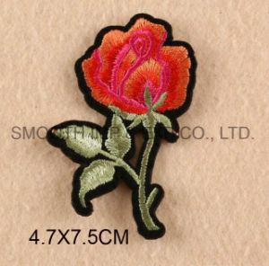 Il modo personalizza la zona del ricamo dei vestiti di Applique 3D Wowen del fiore della Rosa