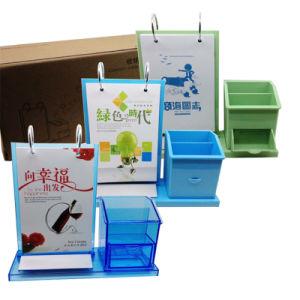 O logotipo personalizado Calendário de mesa de plástico com suporte para canetas e gaveta