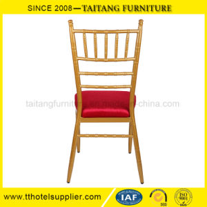 El hierro silla Chiavari con rojo cojín fijo Silla de boda