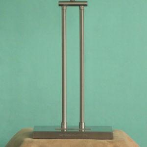 Het moderne Decoratieve Metaal van het Nikkel en de Witte Schemerlamp van de Schaduw van de Stof van het Linnen